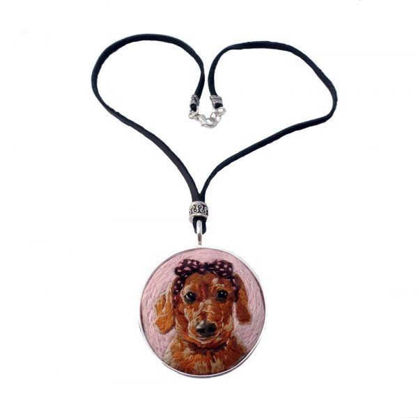 CUSTOM HAND EMBROIDERED PET PORTRAIT NECKLACE